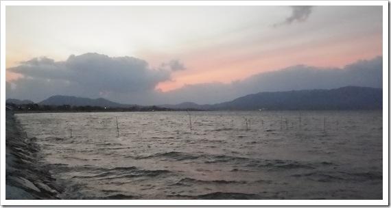 中海から夕焼けを望む・・・